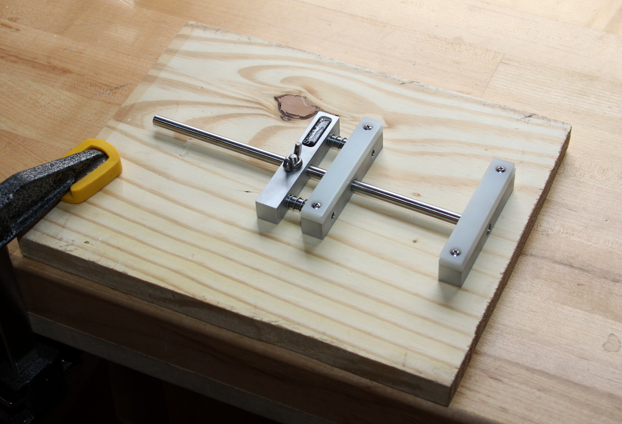 Stickvise base plate